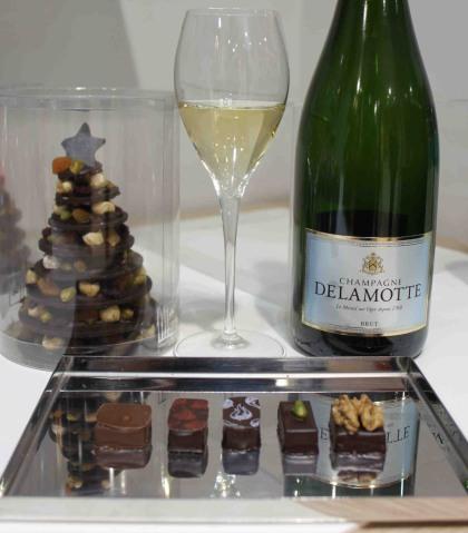accords Delamotte brut avec quelques chocolat Henri le Roux