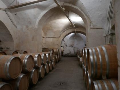 Badia à Passignano, Chai à barriques