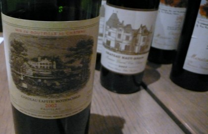 Lafite 2002 le plus cher de la collection à 520 euros
